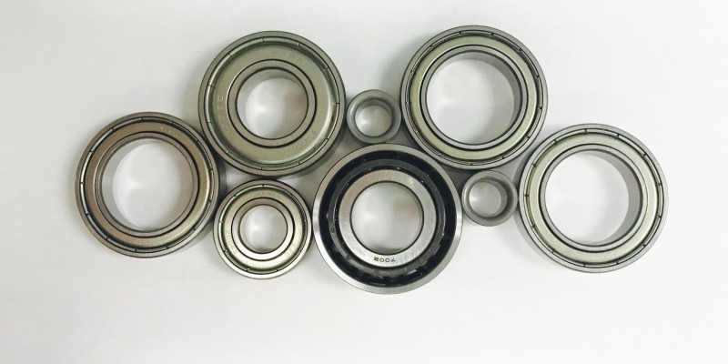 Introduction to Working with Linear Bushings: Bushings vs. Bearings