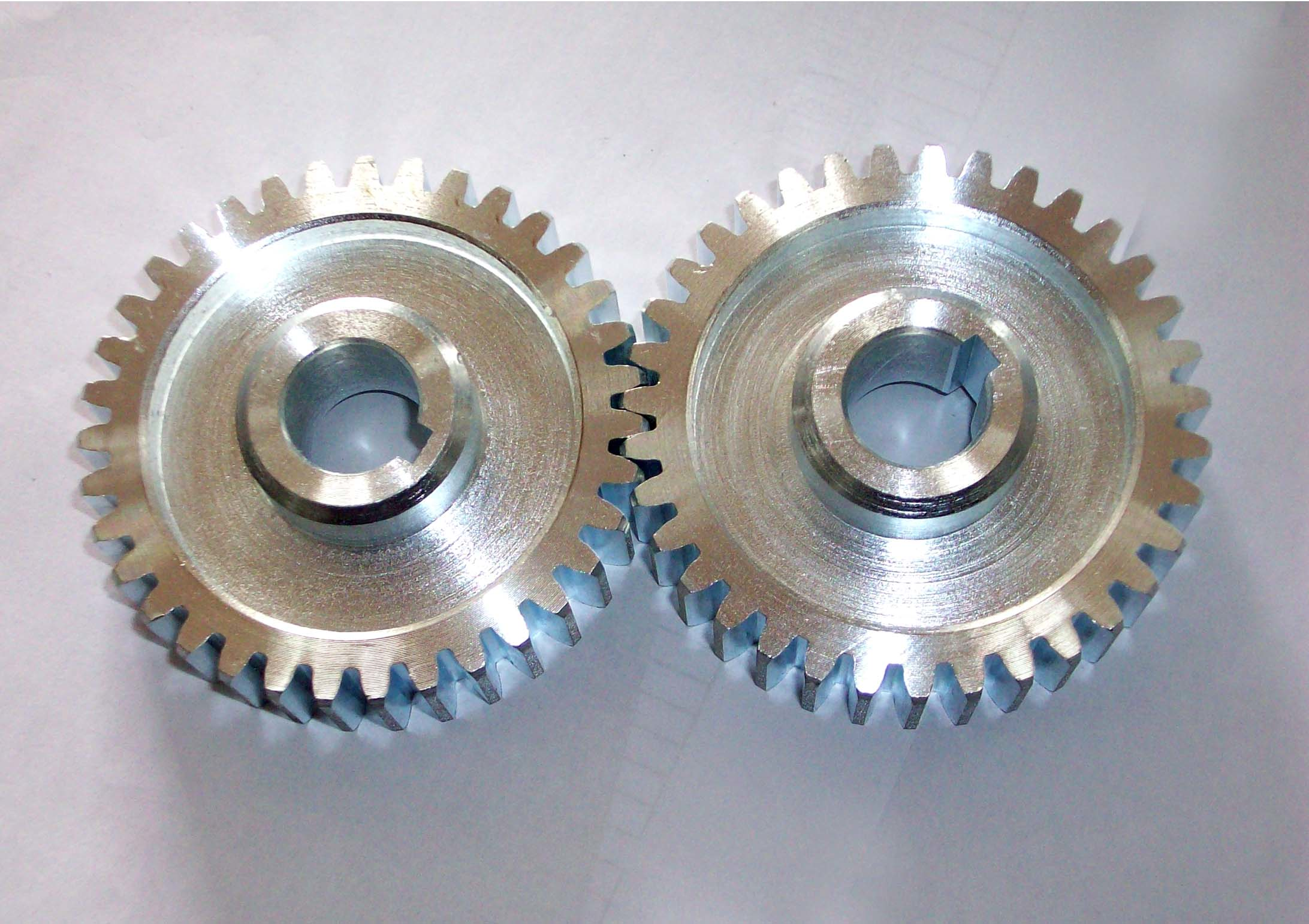 Center to Center Spacing for Shafts with Spur Gears | MISUMI